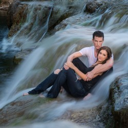 Engagement Shoot | Photo: Maria Bernal